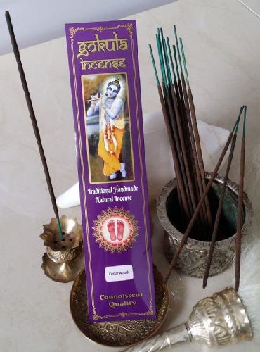 Cedarwood Incense Sticks - 20 grams